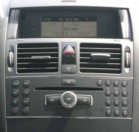 Equipo audio Mercedes Benz C200