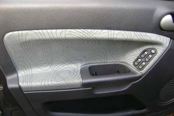 Puerta Ford Fiesta Max