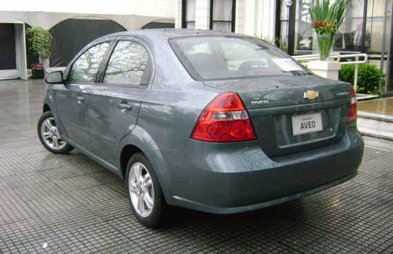 Chevrolet Aveo Atras